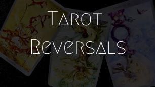 How to read a reversed tarot card